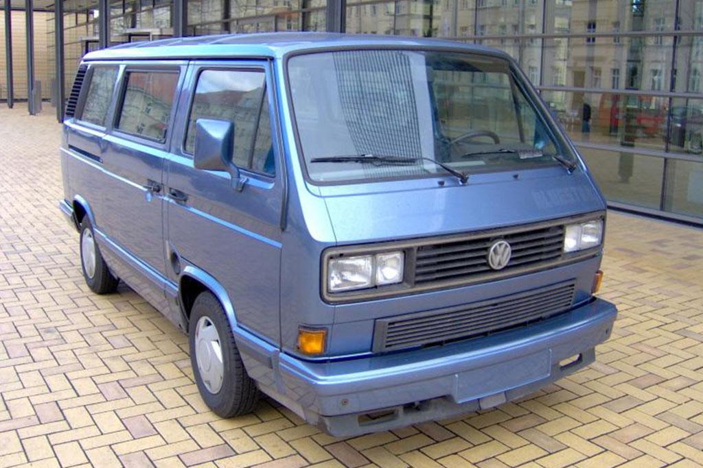 carsandhistory-busgeschichten-02-1