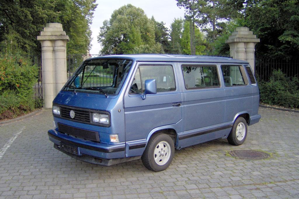 carsandhistory-busgeschichten-01-1